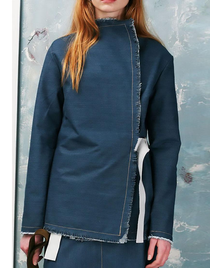 Пиджак двухсторонний с кожаным поясом