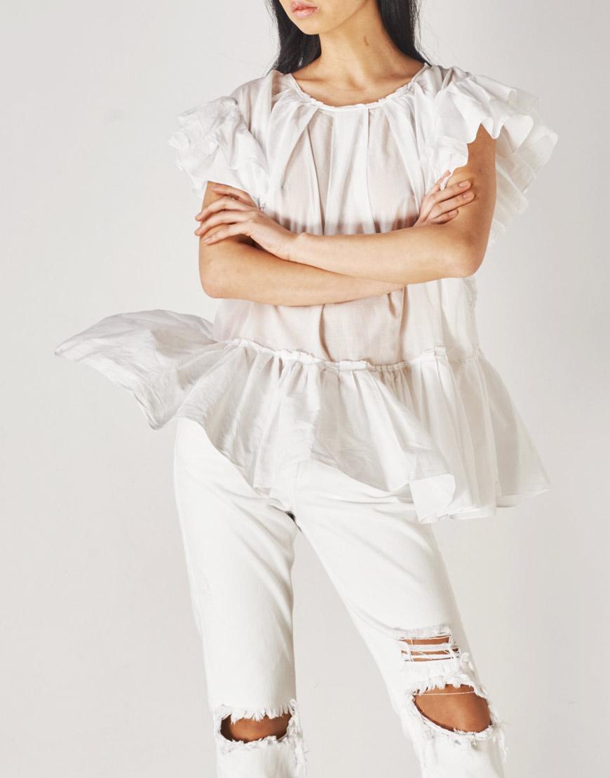 Платье – туника из батиста с воланами