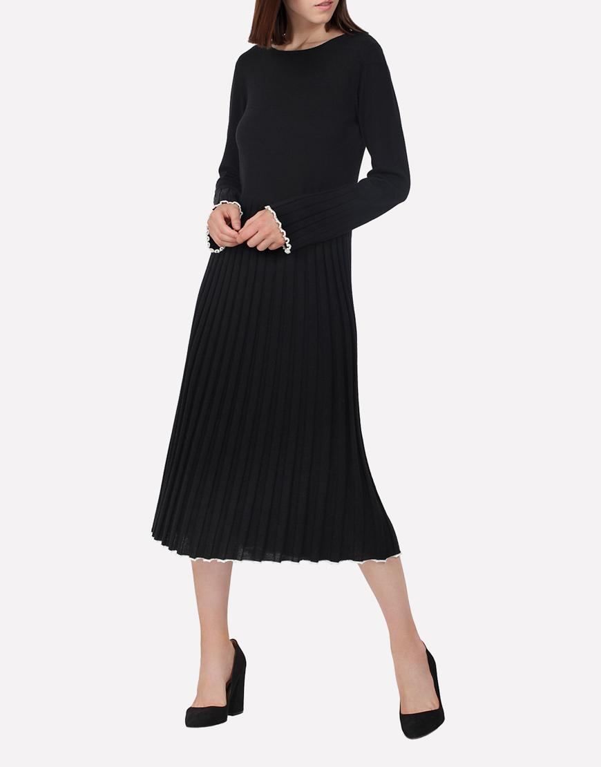 Вязаное платье из шерсти