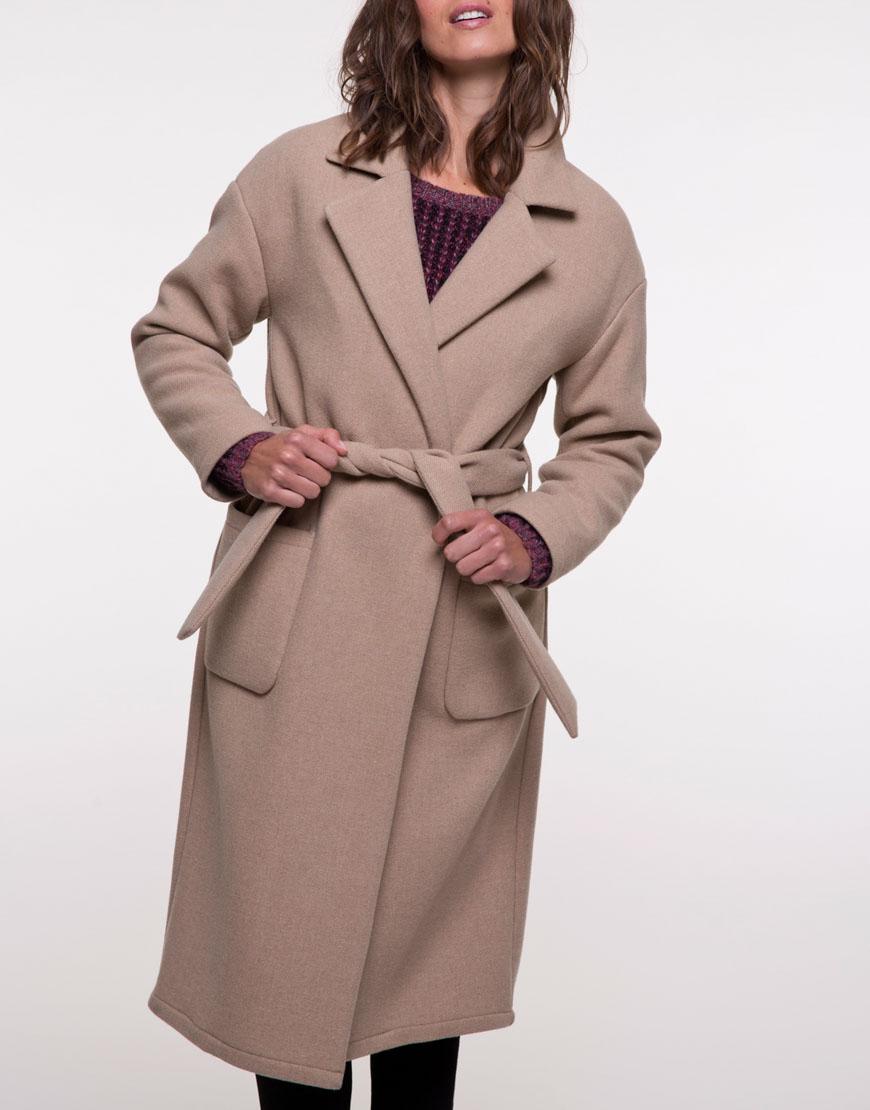 Пальто из шерсти прямого кроя