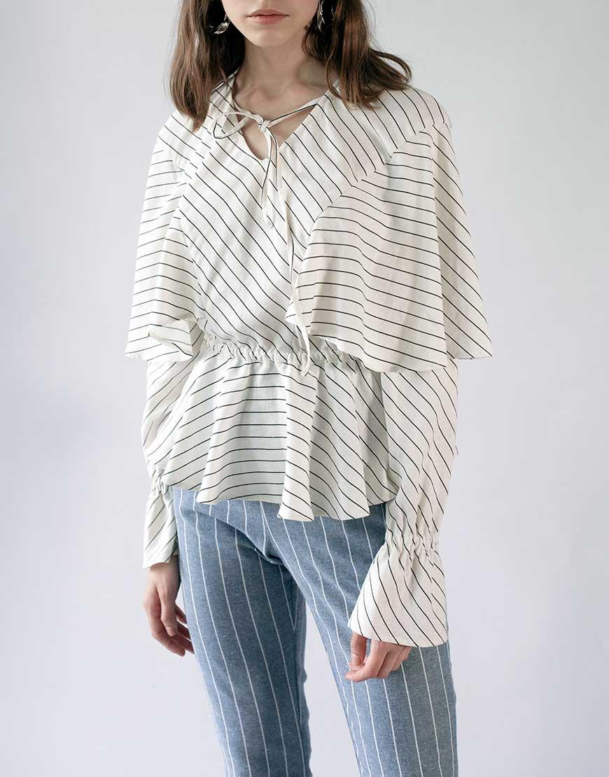 Блуза з воланами с резинкой на талии