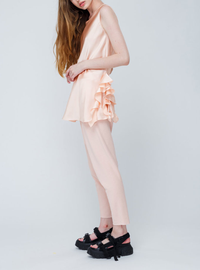 Шелковая блуза с рюшами сбоку MZRB_SS18BLOUSESILKPEACH2, фото 1 - в интеренет магазине KAPSULA