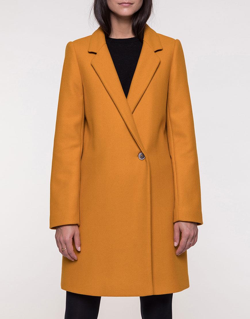 Двубортное пальто из мягкой шерсти