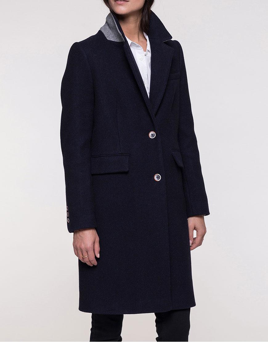 Шерстяное пальто в деловом стиле