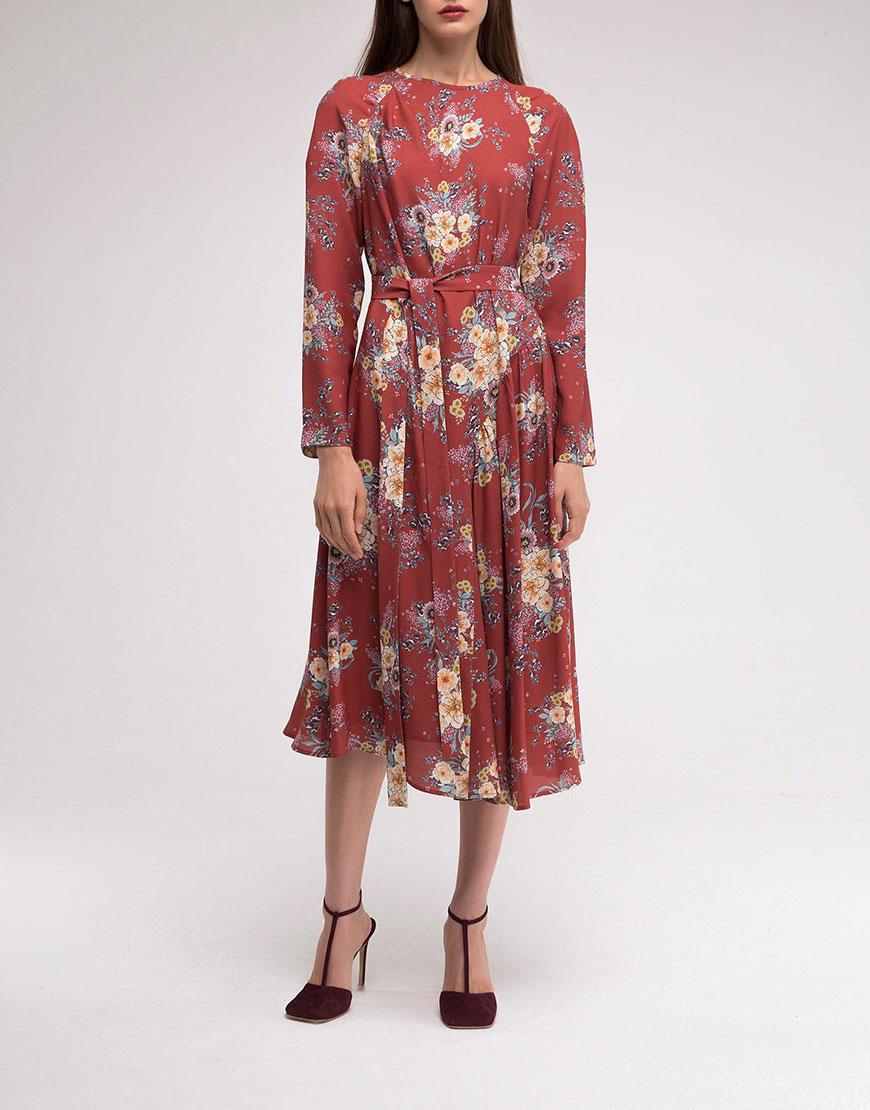 Платье с асимметричной юбкой в принт