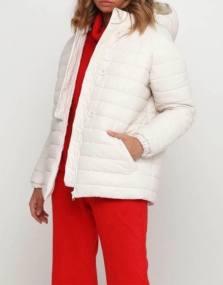 Короткая куртка с рукавом реглан
