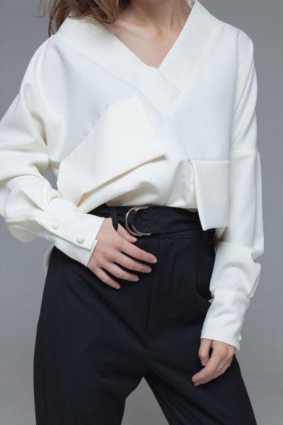 Блуза из костюмной вискозы с объемными карманами и поясом xm_fw109, фото 1 - в интеренет магазине KAPSULA