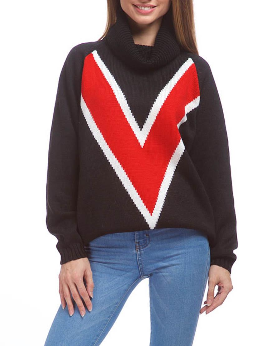 Свободный свитер из мягкой шерсти