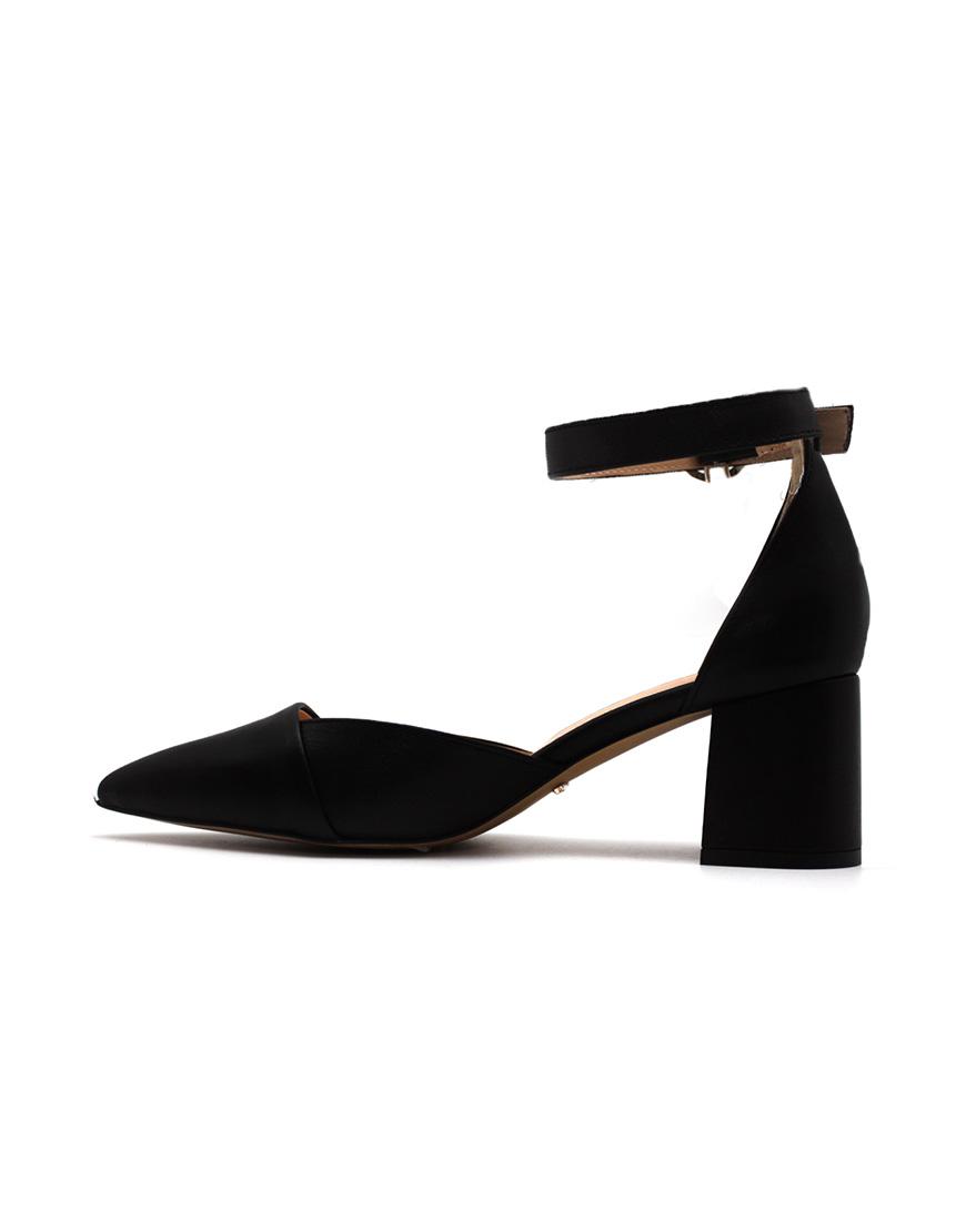 fb4709007 Кожаные туфли с ремешком: купить в Киеве   интернет-магазин KAPSULA