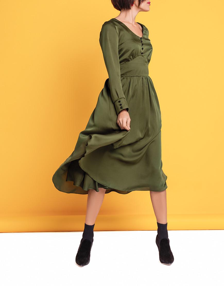 Платье А-силуэта с пышной юбкой