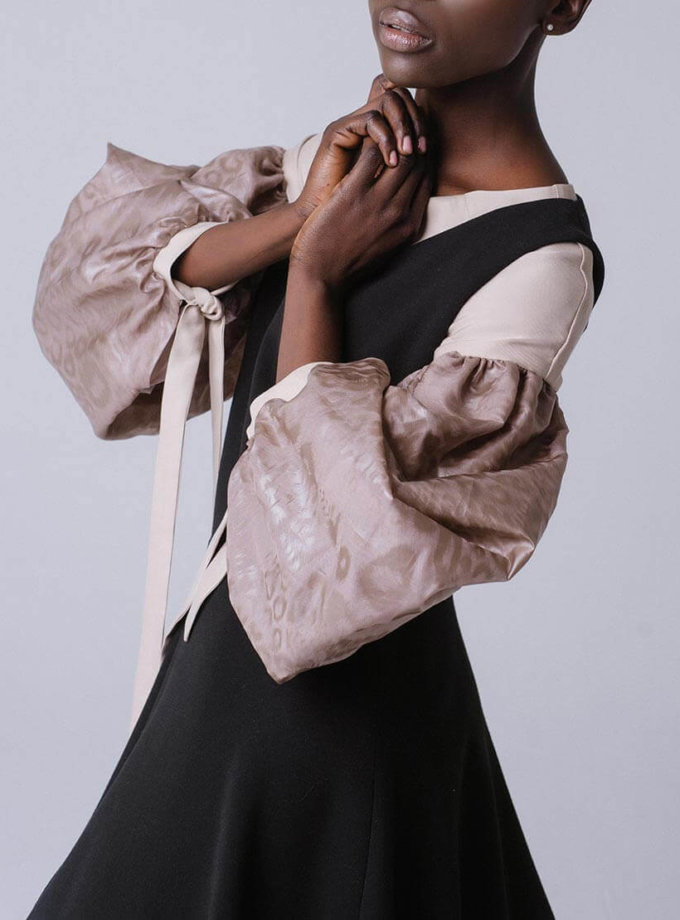 Блуза свободного кроя с широкими рукавами MNTK_MTBLS191002, фото 1 - в интернет магазине KAPSULA