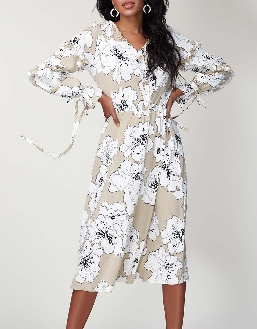 Льняное платье с декоративной оборкой