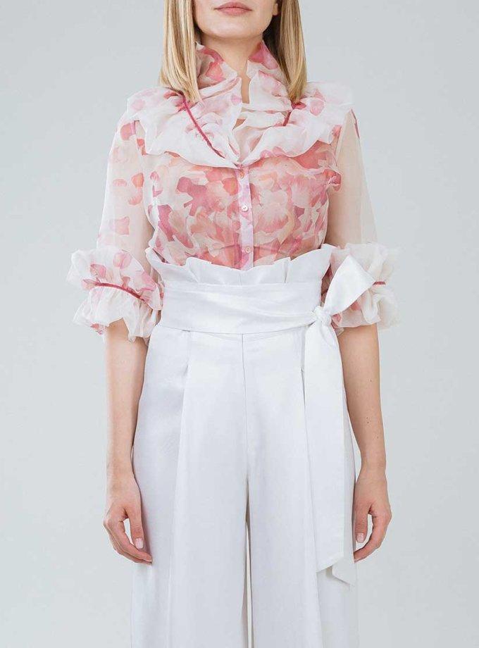 Приталенная блуза с объемным воротником SOL_SSS2019B10_outlet, фото 1 - в интернет магазине KAPSULA