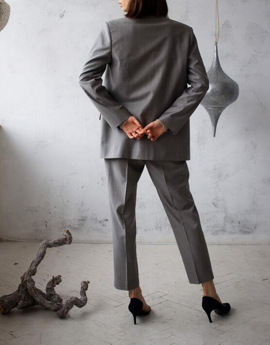 Костюм из шерсти с поясом FRBC_01-KBSH-grey, фото 12 - в интеренет магазине KAPSULA
