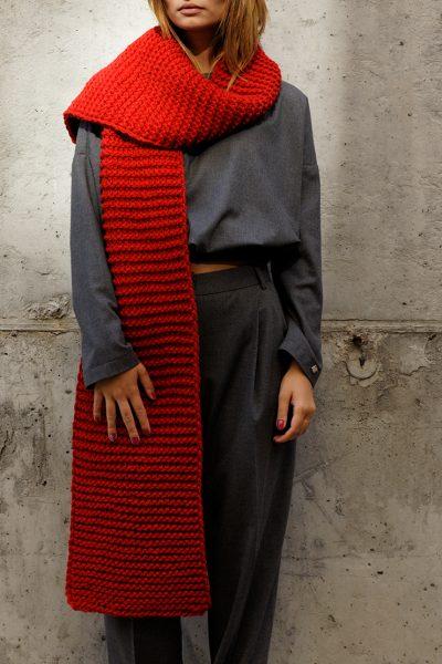 Длинный шарф крупной вязки RED FRBC_13-SCRL, фото 1 - в интеренет магазине KAPSULA