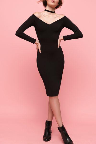 Платье с открытыми плечами OTS_1638-black, фото 1 - в интеренет магазине KAPSULA