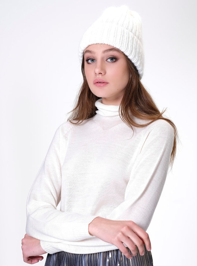 Шапка с отворотом из ангоры MISS_HAT-002-white, фото 1 - в интернет магазине KAPSULA