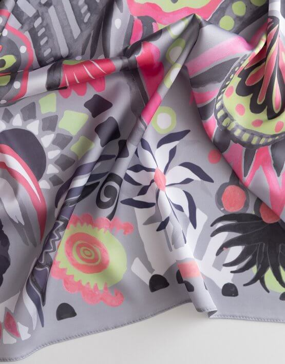 Шелковый платок В мире сказок 50*50 OLZ_KS_SS164, фото 3 - в интеренет магазине KAPSULA