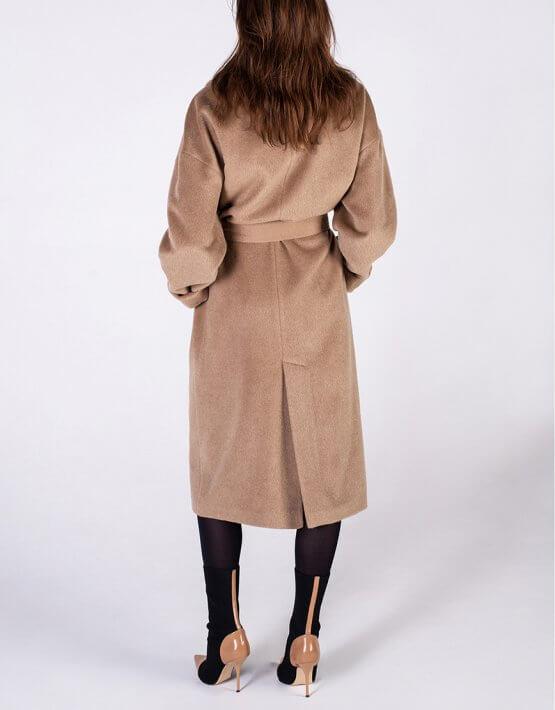 Объемное пальто из альпаки BEAVR_BA_FW19-20_61, фото 4 - в интеренет магазине KAPSULA