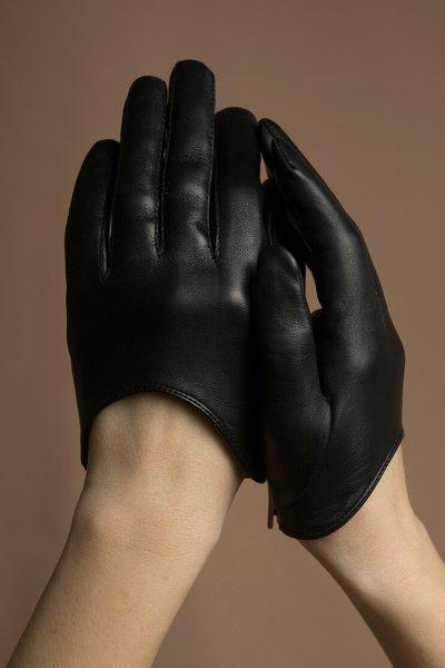 Перчатки короткие из кожи TOBE_sh_33_bl_00, фото 1 - в интеренет магазине KAPSULA