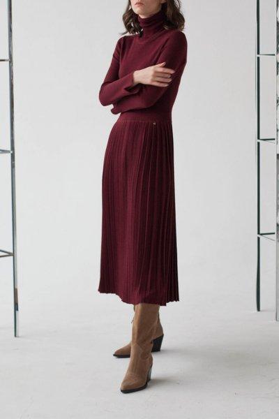 Платье-гольф с юбкой плиссе NBL_09-PSHPL_outlet, фото 1 - в интеренет магазине KAPSULA
