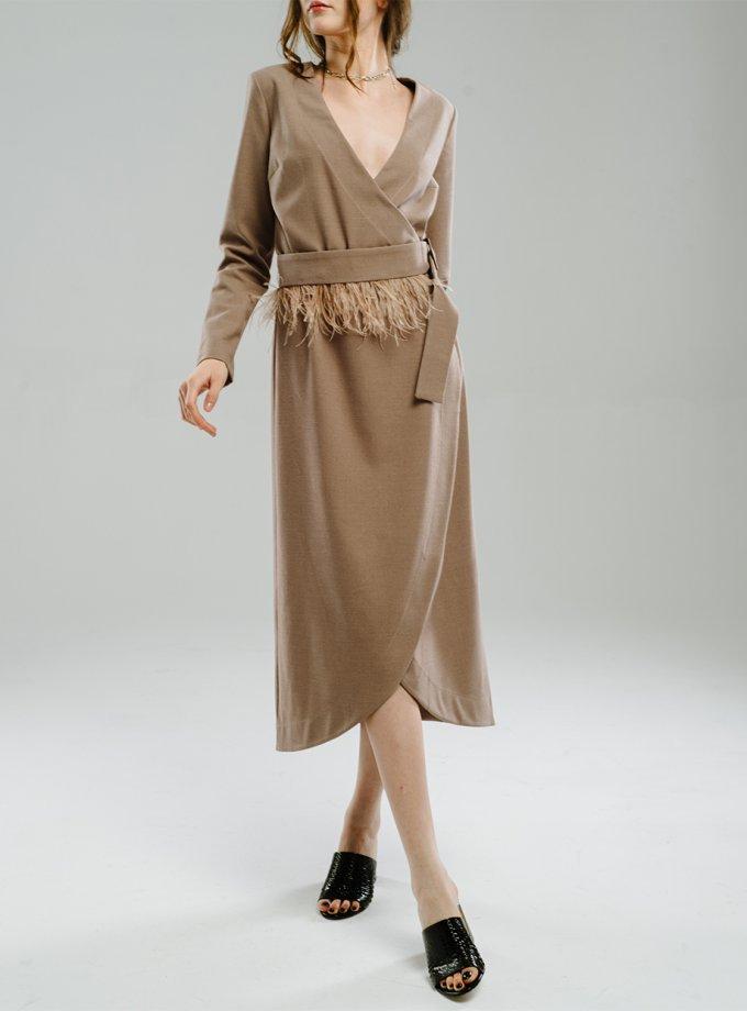 Платье на запах с перьями MNTK_MTDRS204, фото 1 - в интеренет магазине KAPSULA