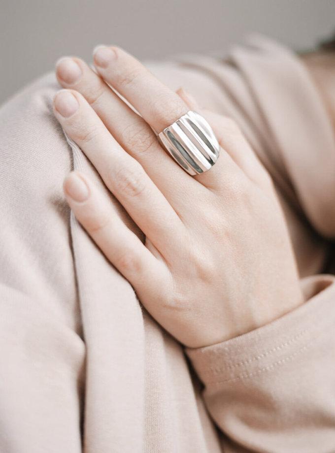 Широкий перстень Madagascar из серебра YSB_K-7019-1, фото 1 - в интеренет магазине KAPSULA