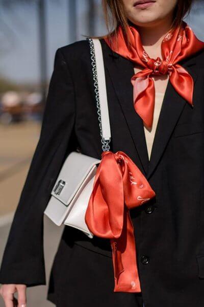 Шелковый платок Будьте взаимно красивыми 65х65 см OLZ_AK9, фото 5 - в интеренет магазине KAPSULA
