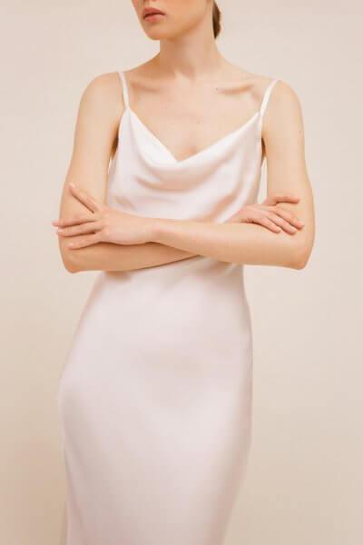 Платье с вырезом на спине TTWH_Н2001, фото 1 - в интеренет магазине KAPSULA
