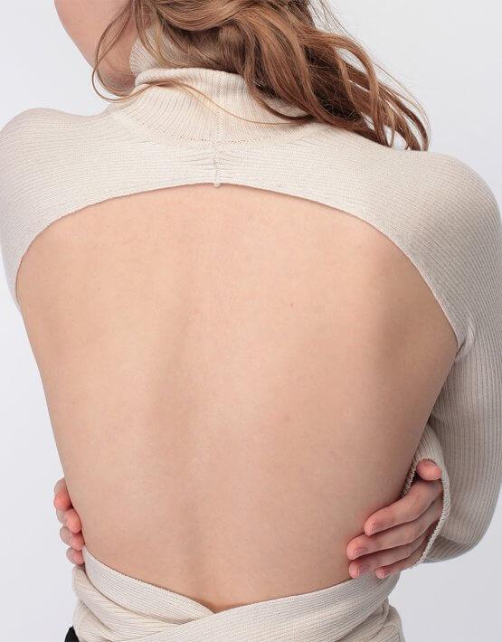 Тонкий джемпер с открытой спиной MISS_PU-016-beige, фото 4 - в интеренет магазине KAPSULA
