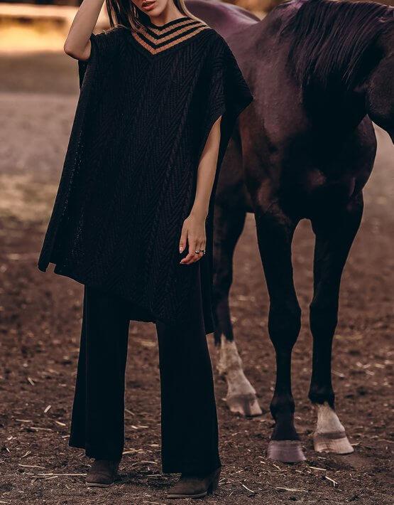 Пончо из шерсти фактурной вязки KNIT_20020, фото 7 - в интеренет магазине KAPSULA