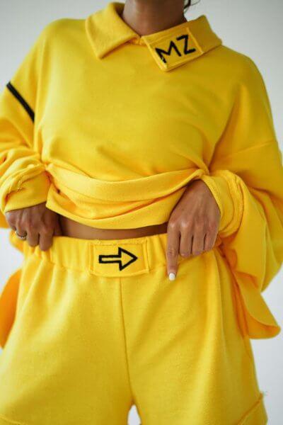 Хлопковый свитшот с воротником MZRB_MZ_SS20_1_yellow, фото 2 - в интеренет магазине KAPSULA