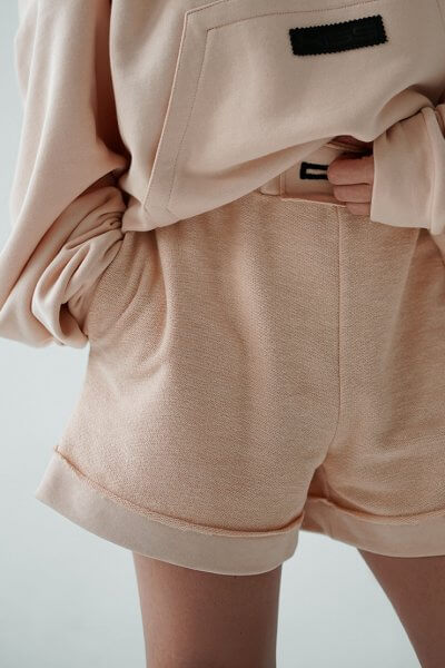 Короткие шорты из хлопка MZRB_MZ_SS20_2_beige, фото 4 - в интеренет магазине KAPSULA