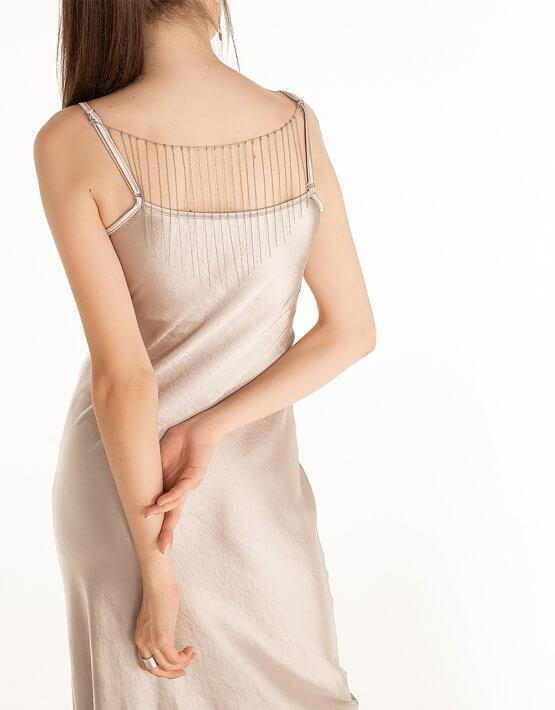 Платье cо съемный декором на спине Violet WNDR_fw2021_sdrlil_15, фото 3 - в интеренет магазине KAPSULA