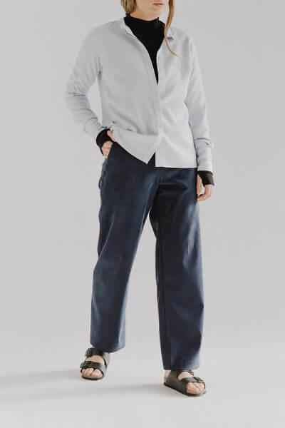 Широкие брюки CHEE с разрезом FRM_XIM_01B_N, фото 4 - в интеренет магазине KAPSULA