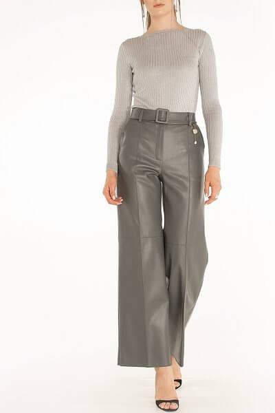 Широкие брюки из эко-кожи Gray WNDR_fw2021_wtgr_08, фото 1 - в интеренет магазине KAPSULA