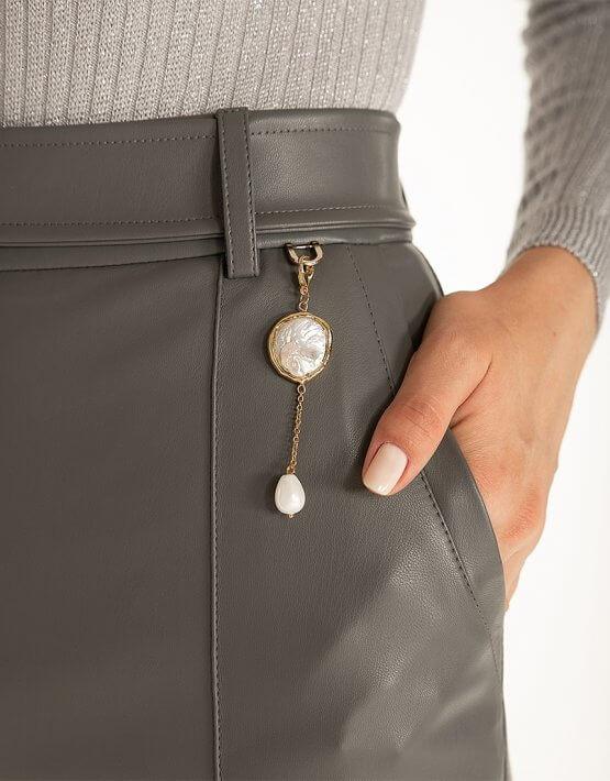 Широкие брюки из эко-кожи Gray WNDR_fw2021_wtgr_08, фото 7 - в интеренет магазине KAPSULA
