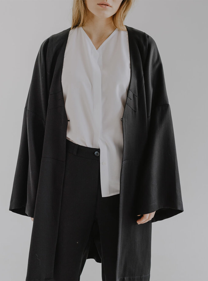Подовжений жакет з широкими рукавами KONG FRM_XIM_07A_B, фото 1 - в интернет магазине KAPSULA