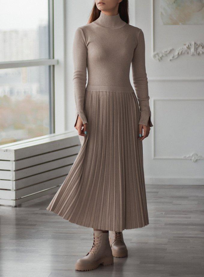 Платье плиссе c горлом стойка NBL_2010-DRPIEATBEG, фото 1 - в интеренет магазине KAPSULA