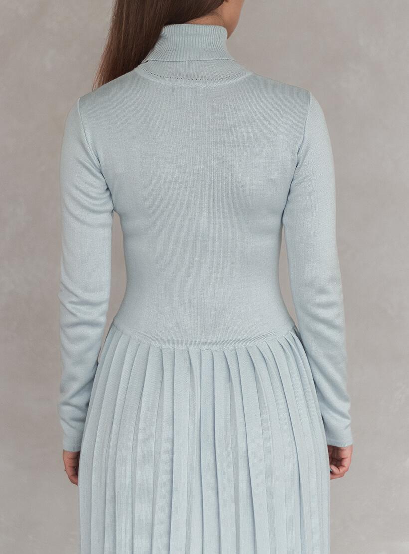 Платье плиссе с высоким горлом NBL_2010-DRPIEATBLU, фото 1 - в интеренет магазине KAPSULA