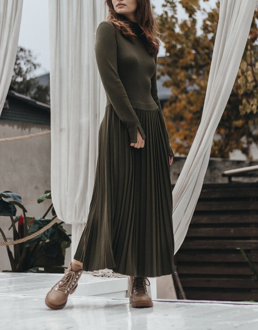 Платье плиссе c горловиной стойка NBL_2010-DRPIEATHAKI, фото 1 - в интеренет магазине KAPSULA