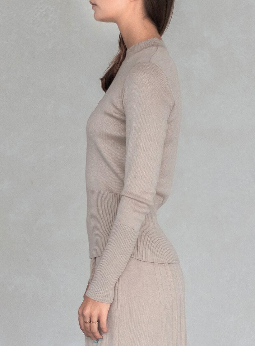 Свитер с горлом стойка NBL_2010-JSTRNECKBEG, фото 1 - в интеренет магазине KAPSULA