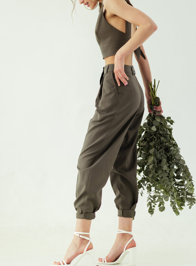 Легкие брюки-бананы SE_SE19_Pnts_Bnn_Mdl_Lnth_Khk, фото 1 - в интеренет магазине KAPSULA