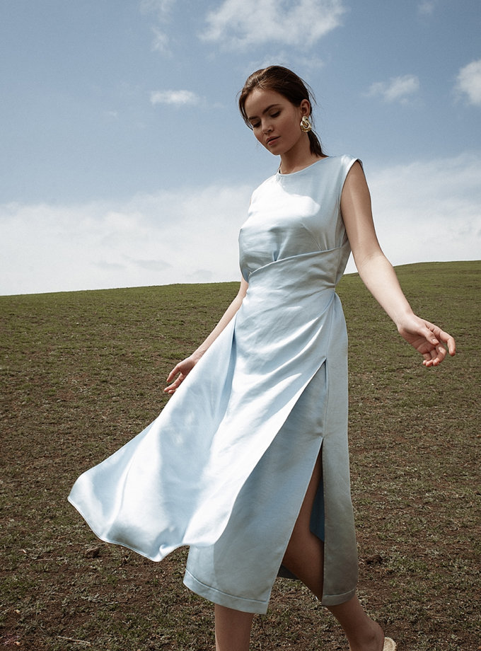 Платье миди с вышивкой WNDR_ ss21_sbl_04, фото 1 - в интернет магазине KAPSULA