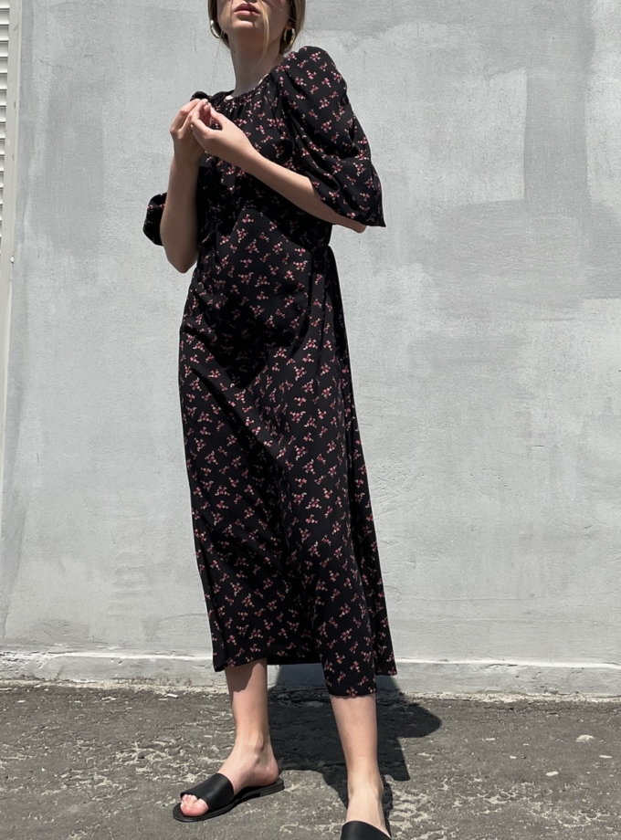 Платье с открытой спиной Black SNDR_SSR19-black, фото 1 - в интернет магазине KAPSULA