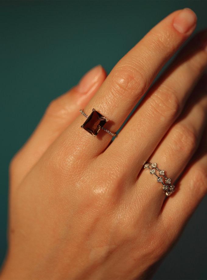 Кольцо с дымчатым топазом и дорожкой из белых топазов BRND_KDTDBTC00017, фото 1 - в интернет магазине KAPSULA