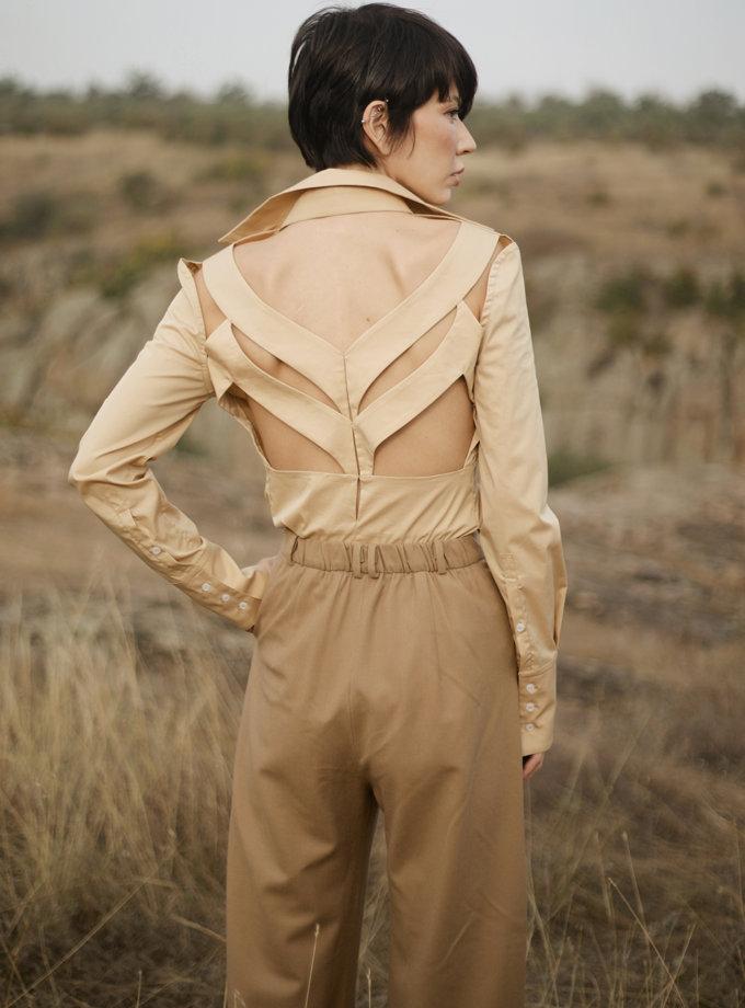 Рубашка с вырезами на спине GRG_G-210322, фото 1 - в интернет магазине KAPSULA