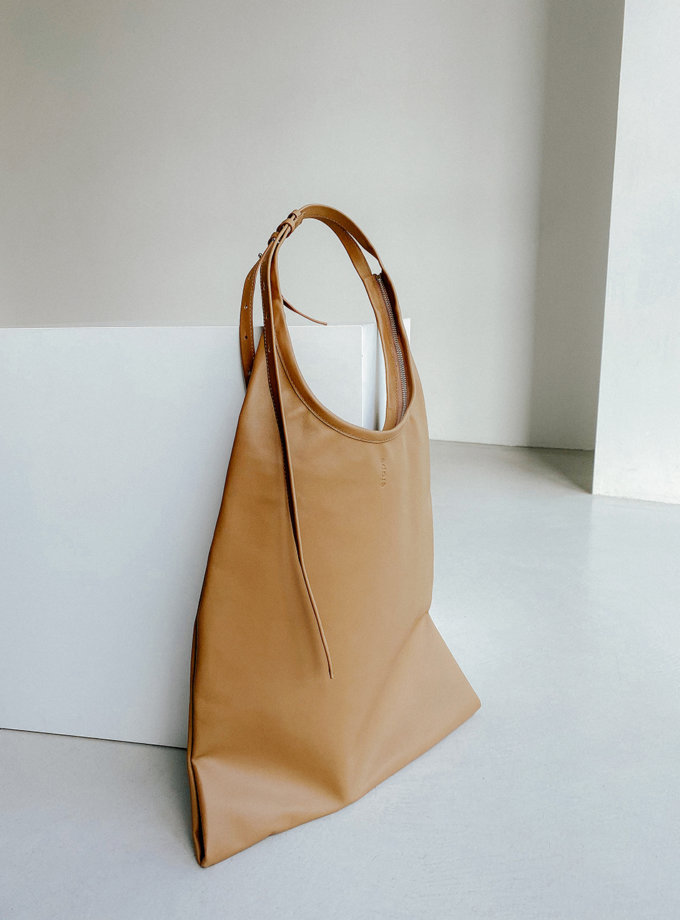 Шкіряна сумка La Poche Grand Noir ETP_La-Poche-Grand-Cappuccino, фото 1 - в интернет магазине KAPSULA